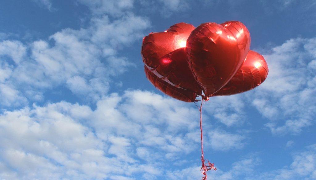 Neighbors-ValentinesBalloons